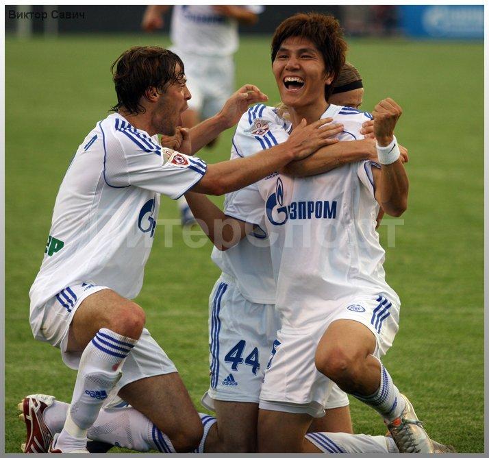 Футбол премьер лига по футболу россия